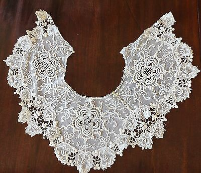 Fine Antique Lace on Net Collar With Grape & Leaf Border