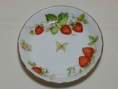 Queens Fine Bone China Virginia Strawberry trinket Pin dish. Made in England