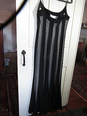 Women's Js Collections Long Black Fitted Dress  Size 10 tulip skirt, flared peek