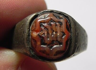 Zurqieh -Af1682- Ancient Egypt , Islamic 100 - 200 Years Old Silver Ring.