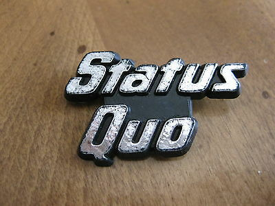 Status Quo plastic silver  letters uk 1979 pinback button badge extremely rare