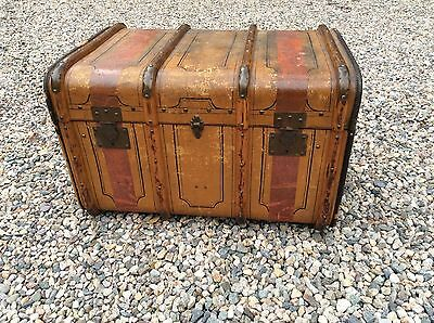 Antique Italian Bauli Steamer Trunk coffee table Chest Waterville NY Vuitton LK