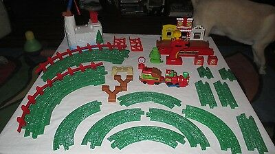 Fisher Price Geotrax North Pole Express Christmas Train Set Tested NOT COMPLETE