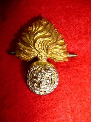 The Royal Regiment of Fusiliers Officer's QC era Silver and Gilt Collar Badge