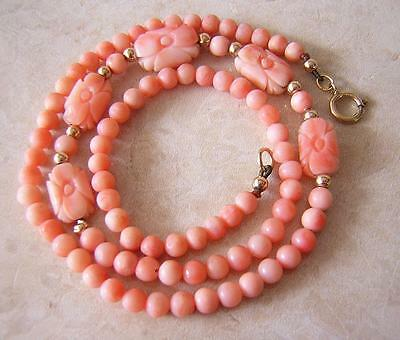 SUPERB VINTAGE PINK ANGEL SKIN CORAL NECKLACE with CARVED BEADS & GOLD CLASP 12g