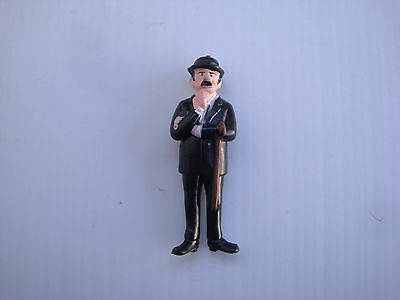 Figurine série tintin esso belvision 73 : personnage Dupont ou Dupond n°4