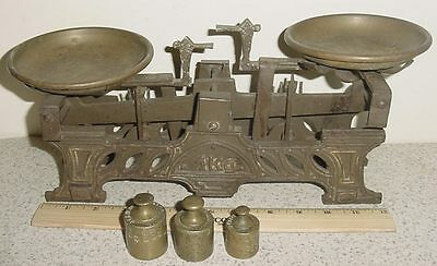 ANTIQUE EARLY 1900'S? IRON & BRASS 1Kg. BALANCE SCALE & 3 WEIGHTS COMPLETE