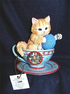 "JURGEN SCHOLZ - COZY KITTEN TEACUP COLLECTION 4 1/2"" - FRISKY BUSINESS #86 w/TAG"