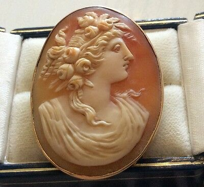 Beautiful Quality Stamped Antique Solid 15ct Gold Large Portrait Cameo Brooch