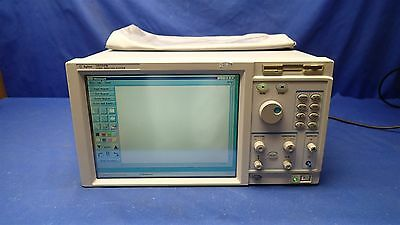 AGILENT 16702B LOGIC ANALYSIS SYSTEM w/OPTION 03