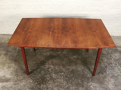 Dillingham Mid-Century Modern Walnut Dining Table W/2-Extensions & Table Pads