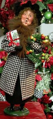 '15 Byers Choice Aunt Auntie Esther Caroler Houndstooth Coat Retired VHTF Last 1