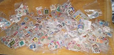 Massive Gb & World Stamps In  100 Bags 1000's To Sort,hours Of Fun