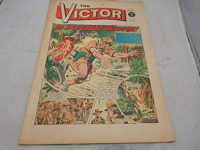 THE VICTOR COMIC No 614 ~ Nov 25th 1972 ~ He Had To Get Through
