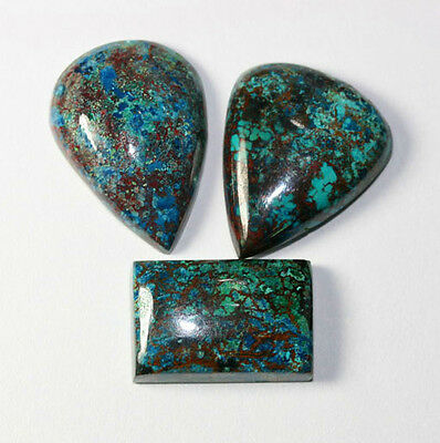 3 Azurite 20 - 24mm Cabochon 53,0 Ct.