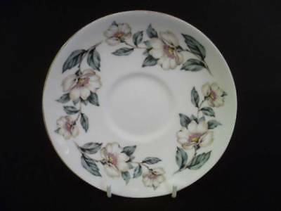 Crown Staffordshire Christmas Roses 14.5cm Saucers (uw)