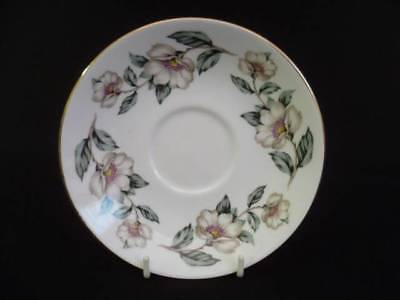 Crown Staffordshire Christmas Roses 14.5cm Saucers (ux)