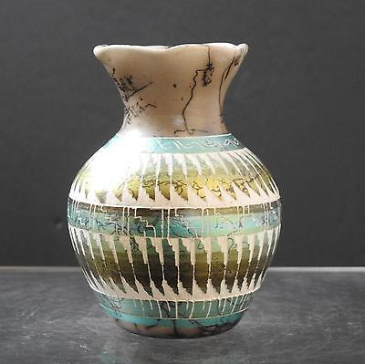 Native American Indian Etched Horsehair Pottery Vase Carmen Smith Navajo Y15