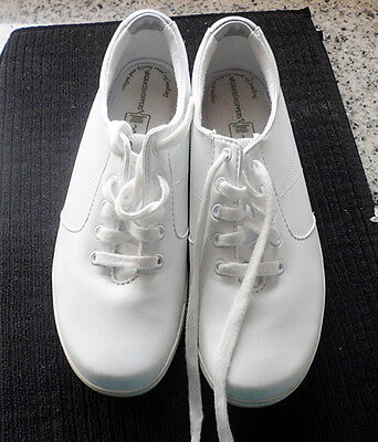 Grasshoppers Smooth White LEATHER Casual Sneakers Shoes Women's Size 8.5M