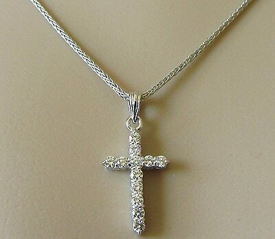 Secondhand 18ct White Gold Diamond Cross Pendant & Chain (15 1/2 inches)