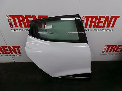 2015 RENAULT CLIO 5 Door Hatchback White O/S Drivers Right Rear Door