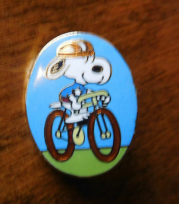 """Vintage AVIVA Peanuts SNOOPY Cloisonne Pin NOS 1"""" CYCLER BICYCLE (No Tag)"""