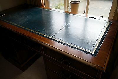 Reproduction Victorian Style Leather Top Writing / Computer Pedestal Desk