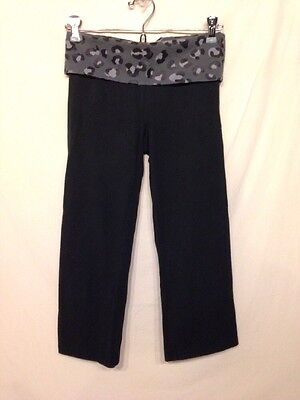 Women's Black W/ Gray Leopard Band PINK Capri Yoga Pants-Size XS