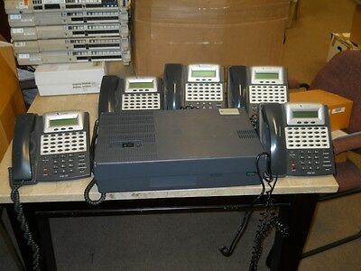 Comdial DX120 Telephone System with 5-7261 30 Button Display Telephones