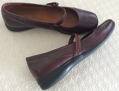 Women's Shoes NATURALIZER Size 8.5M leather
