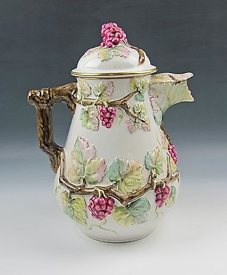 """Vista Alegre EMBOSSED GRAPEVINE 11"""" Pitcher with Lid"""