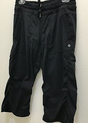 LULULEMON Studio Workout Dance CROP Pants BLACK Unlined Fitness Yoga Size 8