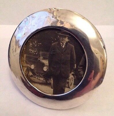 """Antique London 1919 Solid Silver Oval Photo Frame """"old Motorcar in the picture""""."""