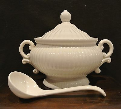 Vintage White Soup Tureen, Made in Japan