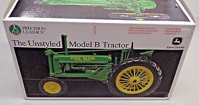 JOHN DEERE 1/16 Scale UNSTYLED MODEL B TRACTOR Precision Classics 24 New in Box