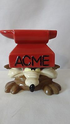 Warner Brothers 1996 Wile E. Coyote Anvil Acme Salt & Pepper Shakers #J130