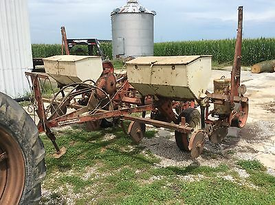 Allis Chalmers 4 Row Pull Type Corn Planter 525 00 Picclick