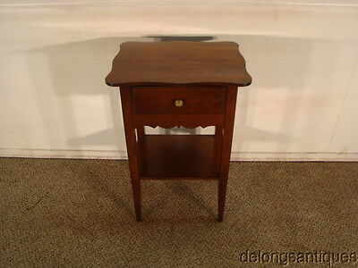 41513 Madison Square Solid Cherry Lamp Table