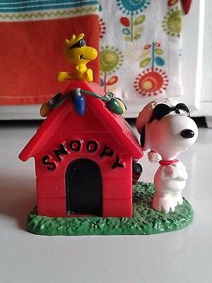 Snoopy Peanuts Charlie Brown Danbury Mint Vintage Christmas Ornament Figure 1990