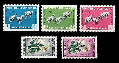 AFGHANISTAN - 1963 - Agriculture issue - Mi.738A/42A Neufs/Mint **