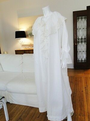 Antique Clothing -Circa 1890-1900, Ornate Linen Nightgown W/valencienne Lace