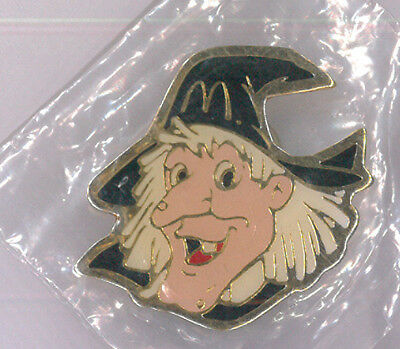 McDonalds restaurant pin - Halloween witch - fast food collector badge