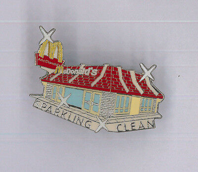 McDonald's restaurant pin - Sparkling Clean - fast food collector badge