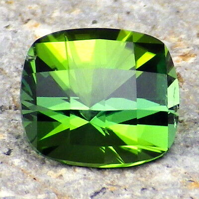 UNHEATED TOURMALINE-NAMIBIA 1.68Ct CLARITY SI1-INCREDIBLE NATURAL COLOR-INVESTM.