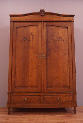 1833 !! Superb Oak Wardrobe/armoire In French Style !!