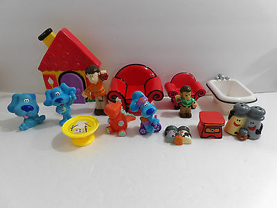 Blues Clues Magnetic House Couch Steve Blue Roary and more Playset Lot