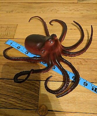"""TOY OCTOPUS MADE OF RUBBER MEASURES 9"""" Big"""