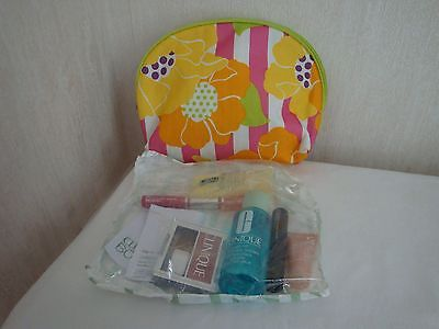 Clinique Bonus Time Gift Set  Dramatically Different + Five Other Items Sealed