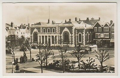 Wiltshire postcard - The Guildhall, Salisbury - RP