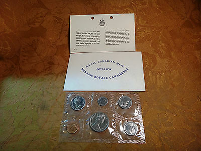 1972 Royal Canadian Mint Ottawa Coin Set In Plastic - Free S&H USA